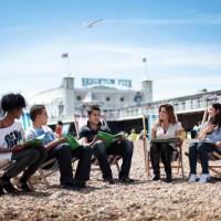 Pomysł na wakacyjny wyjazd za granicę – jak pożytecznie spędzić lato?