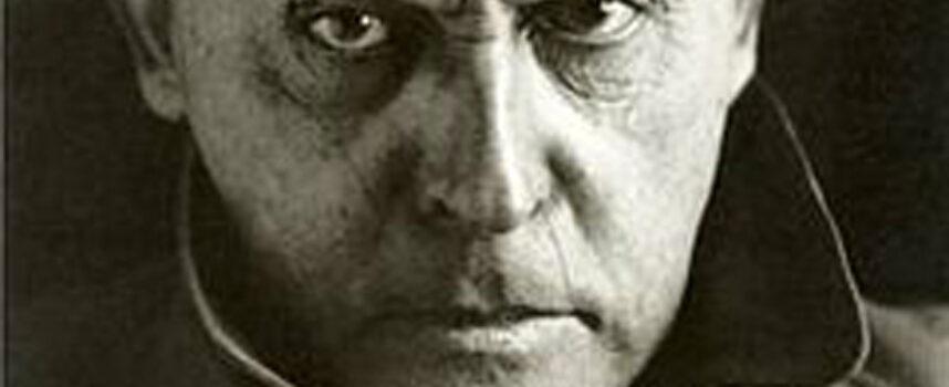 Na czym polega nowatorstwo i specyficzny charakter dramatów Stanisława Ignacego Witkiewicza?