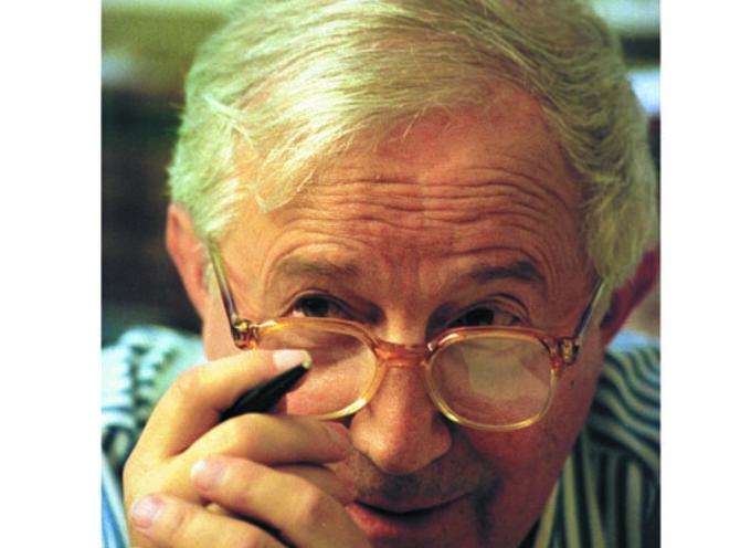 Tadeusz Różewicz to twórca, który zapoczątkował nowy typ poezji. Jakie są jej cechy?  Sporządź krótką notatkę.