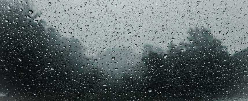 Deszcz jesienny Leopolda Staffa