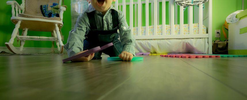 Rola zabawek w życiu dziecka – jakie wybrać?