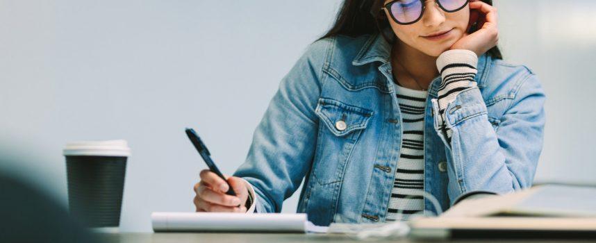 Co po maturze – praca czy studia?