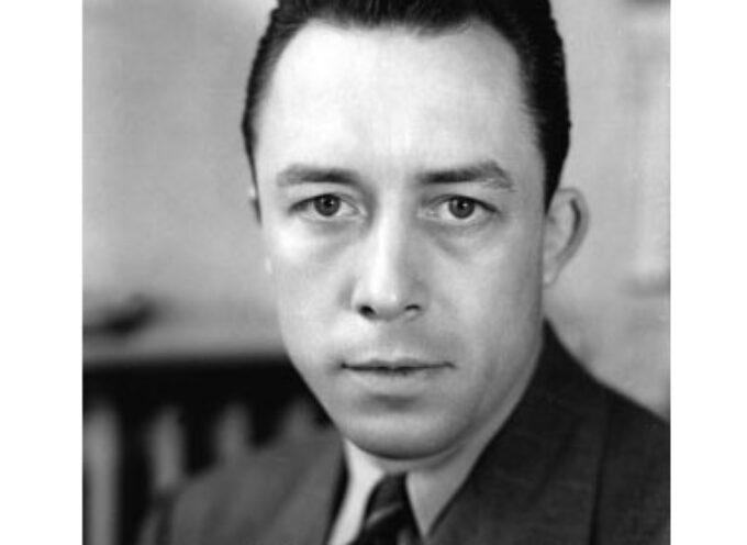Objaśnij pojęcie paraboli na przykładzie Dżumy Alberta Camusa