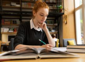 8 sposobów zdobycia pieniędzy na kształcenie i naukę!