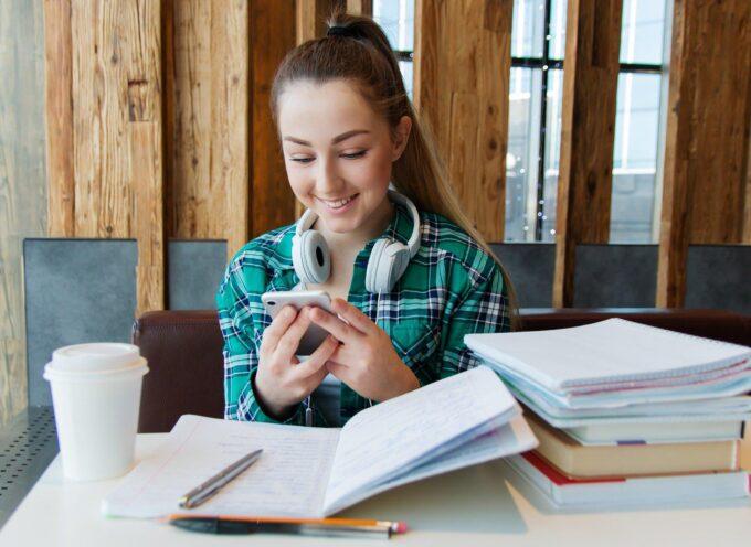 Najlepsze smartfony dla ucznia – TOP 5