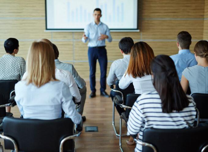 Nauka przez całe życie – jak szkolą się nauczyciele?