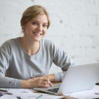 Brak czasu to już nie wymówka: ucz się angielskiego online o dowolnej porze!